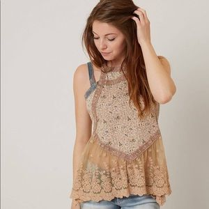Gimmicks for Buckle floral lace boho tank top